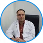 Dr. Amir Mousavian is an experienced board certified cosmetic and thoracic surgeon.